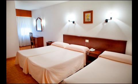 Habitación triple Hotel Nido